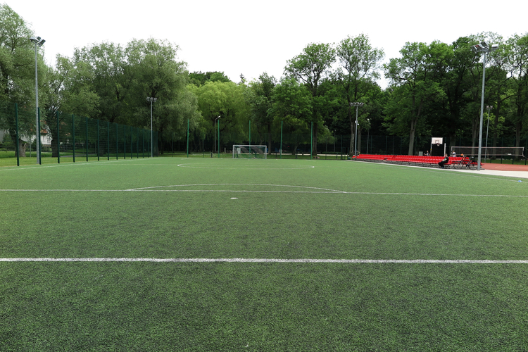 Multipurpose_sports_field_EN